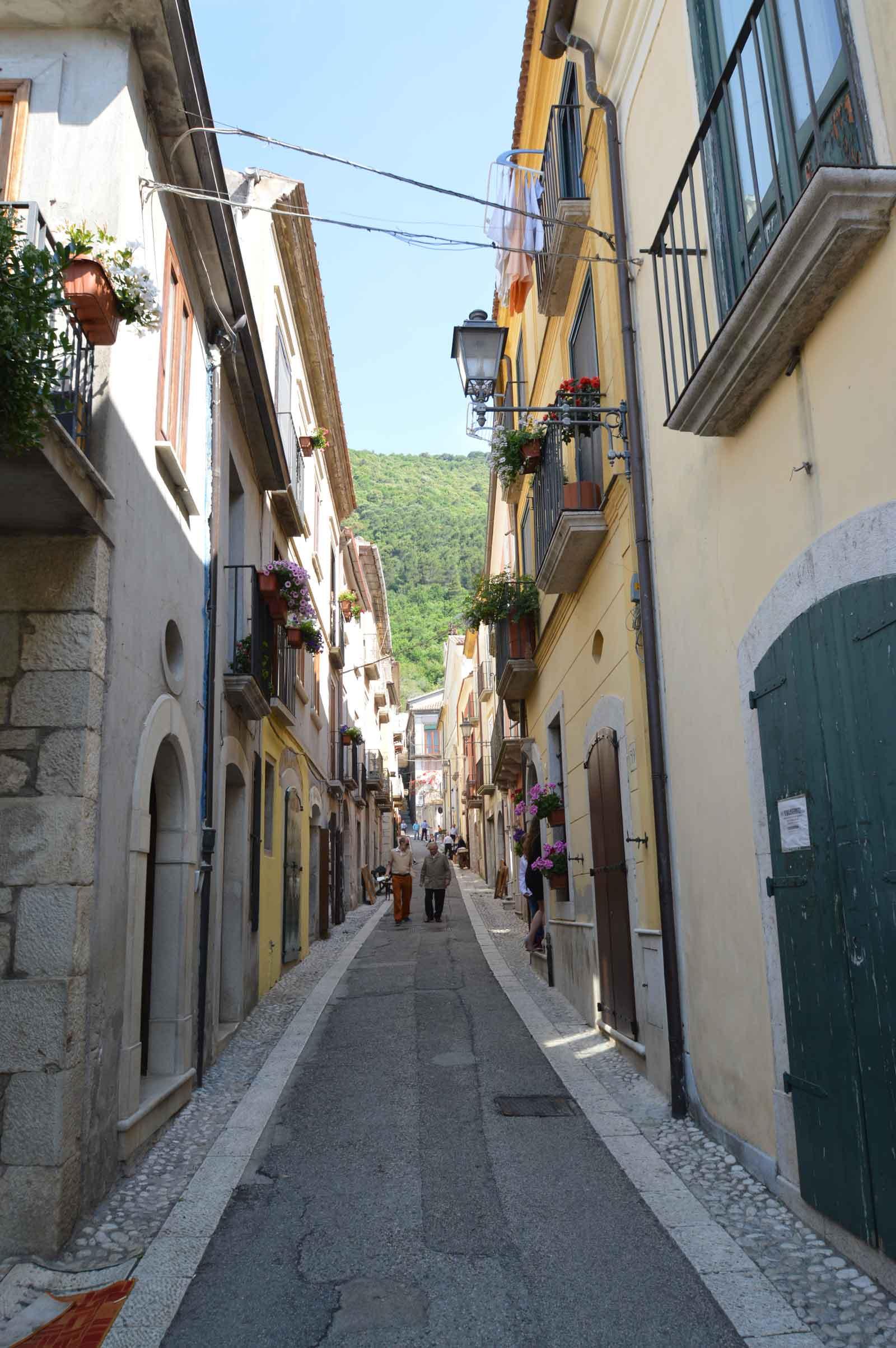 Walking tour a san lorenzello guida turistica del matese for San lorenzello